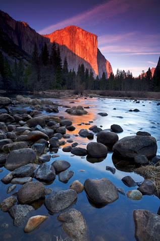 photo of El Capitan in Yosemite at sunset