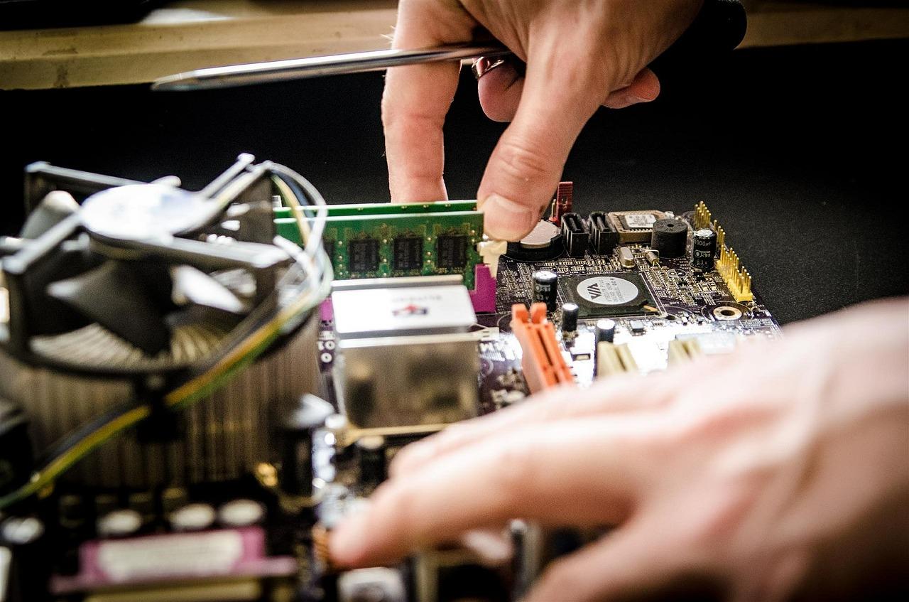 photo of computer repair