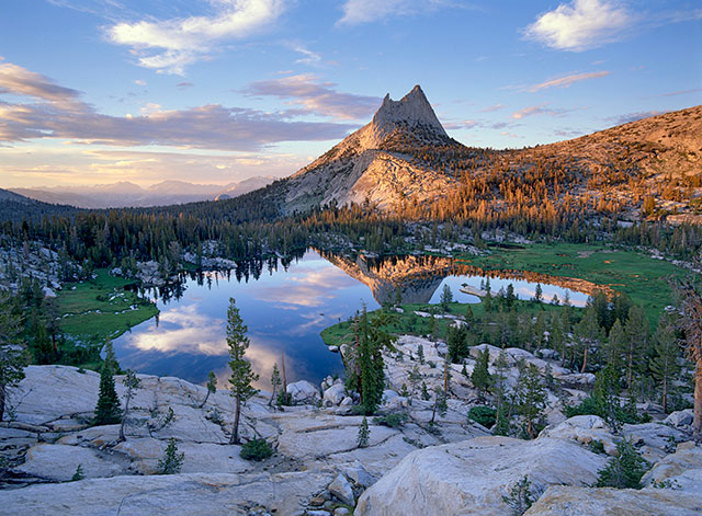 photo of an alpine, granite vista